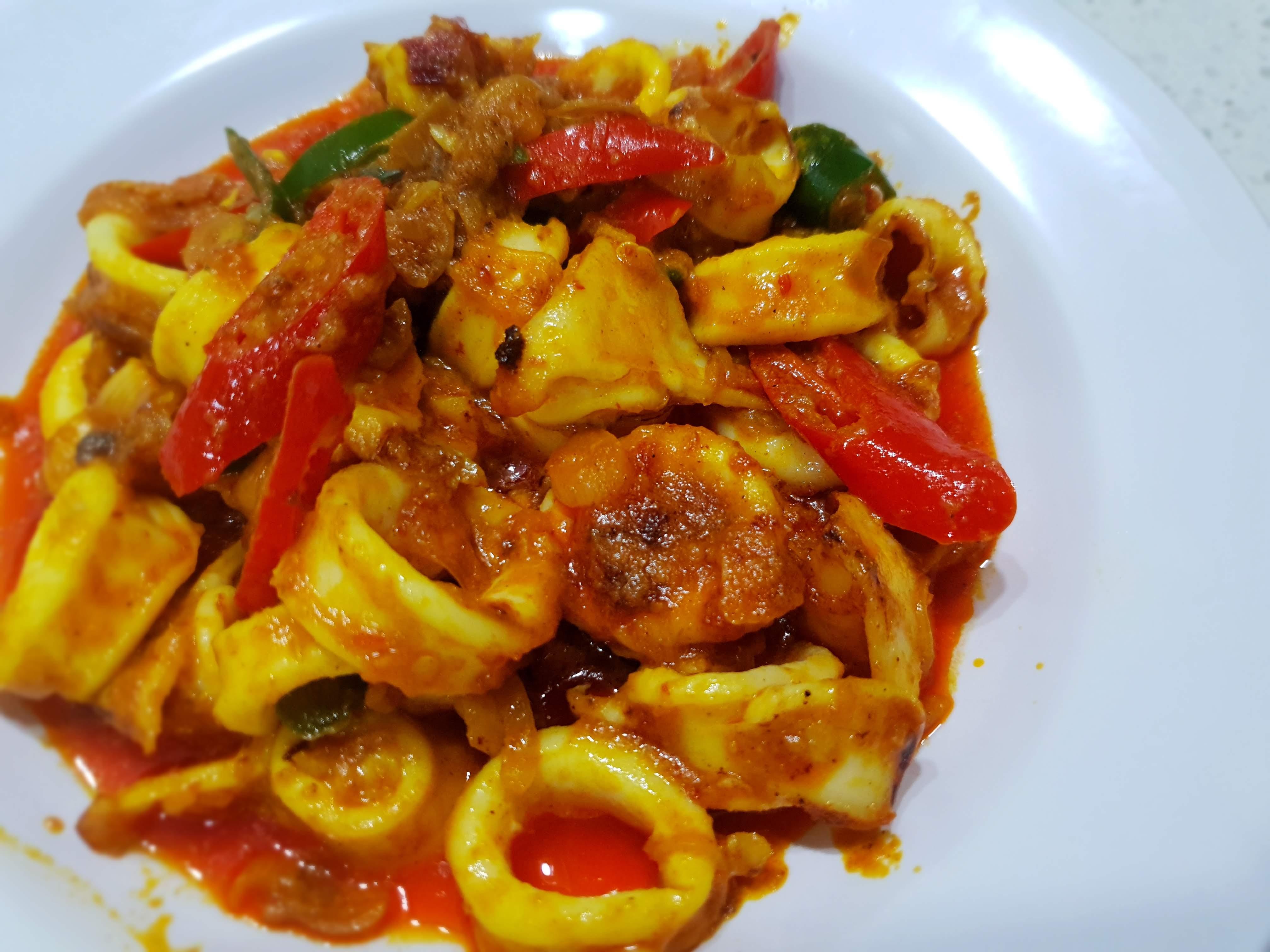 Sotong Masak Kunyit (Turmeric Squid)