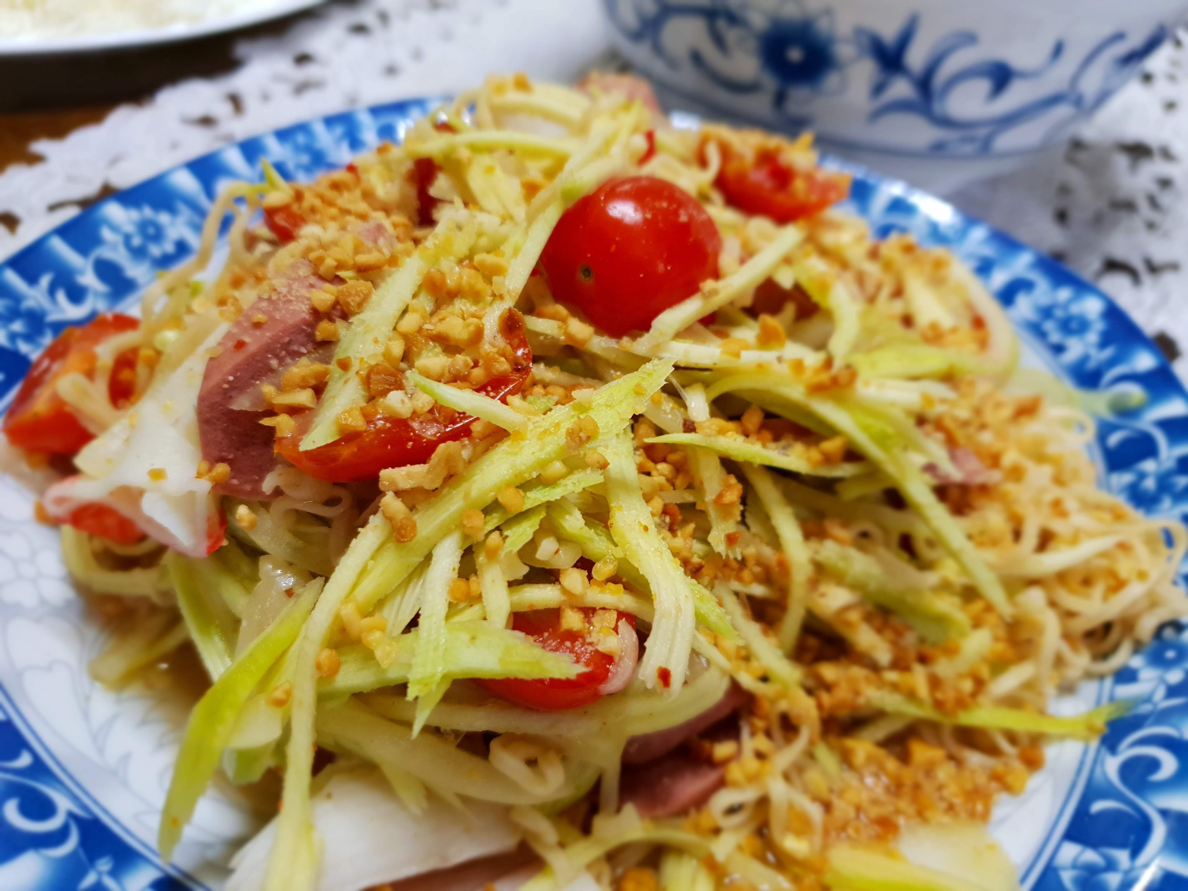 Instant Noodle Salad